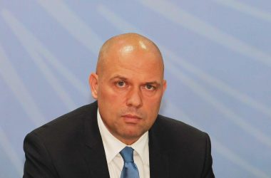 Ministri-i-Drejtesise-Ylli-Manjani-1.jpg
