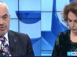 Qeni i Kryeministrit tmerron Eni Vasilin (VIDEO)