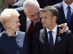Batuata e Ramës me Makron: BE e duam si para martesës, ndoshta pendohemi më vonë…