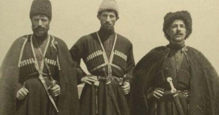 emigrant-euml-t-shqiptar-euml-n-euml-shba-para-100-vitesh-foto_hd.jpg