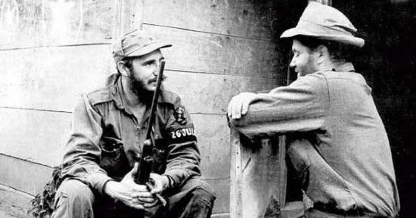 Fidel Castro, Sierra Maestra, 1957.jpg