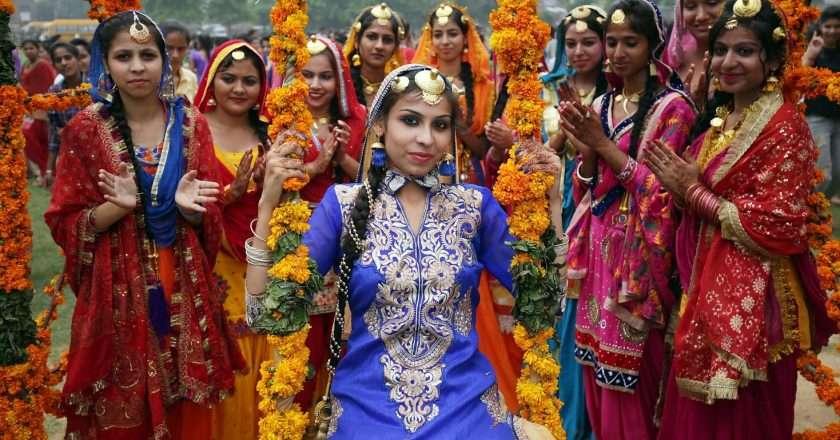 indian-people.jpg