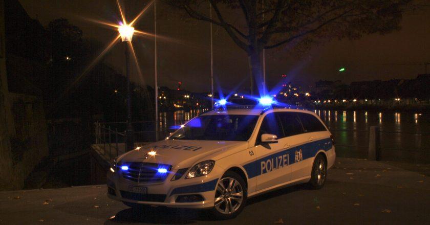 Polizeiauto_der_Kantonspolizei_Basel-Stadt.JPG