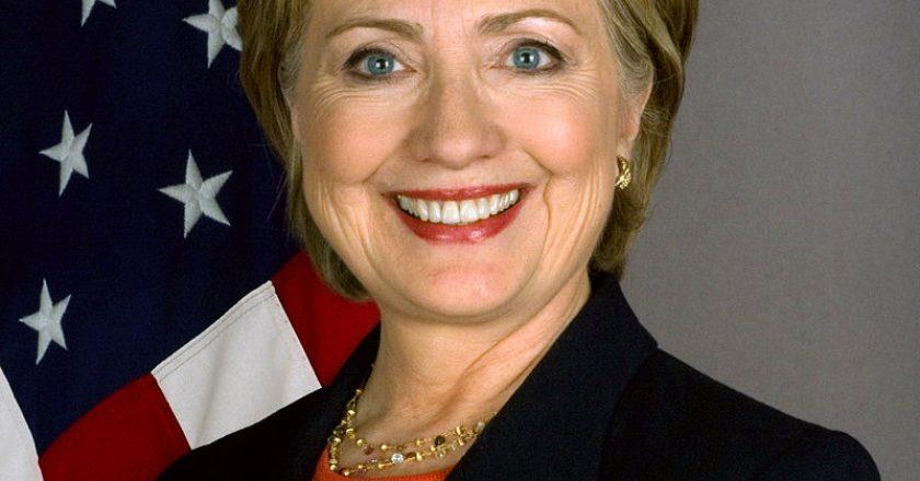 Hillary_Clinton_official_Secretary_of_State_portrait_crop.jpg