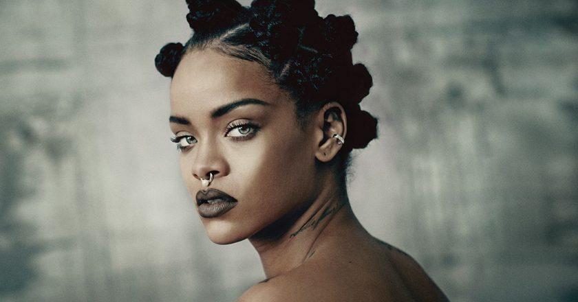 Rihanna-2015.jpg