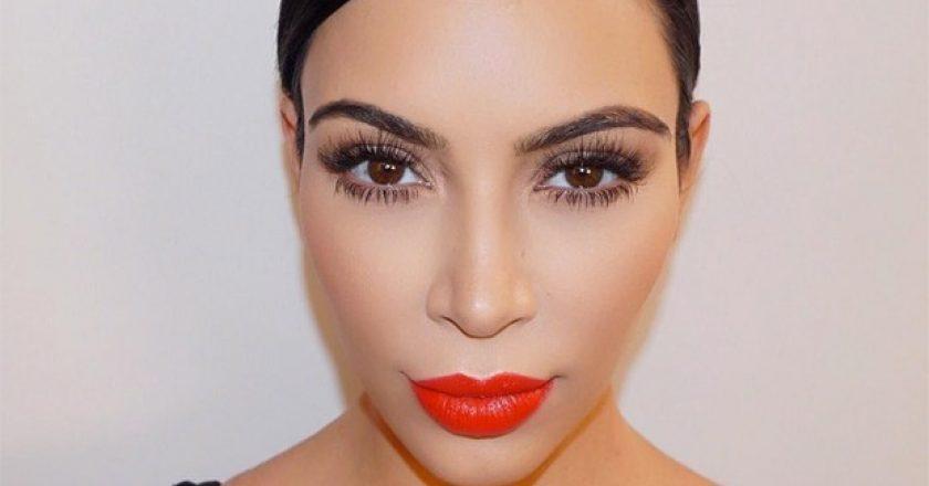 kim-kardashian-lipstick-050616-compressed.jpg