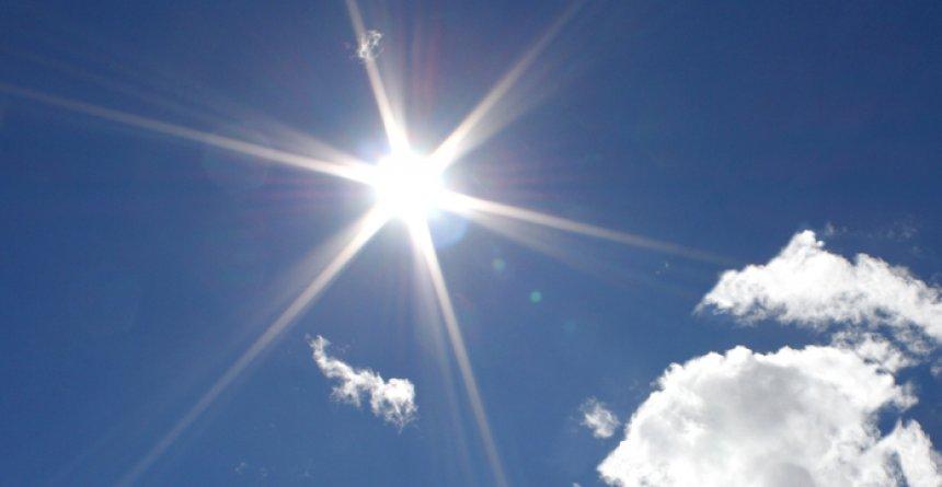 Moti-me-diell.jpg