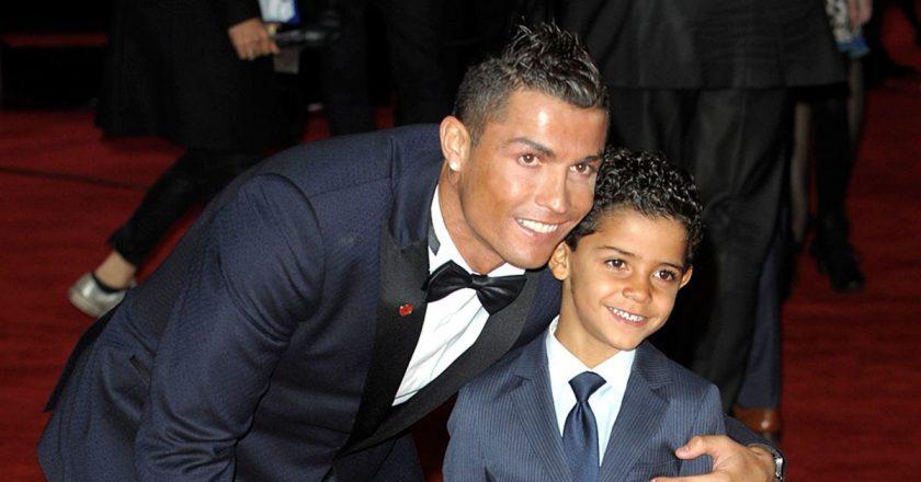 Cristiano-Ronaldo-and-Cristiano-Ronaldo-Jnr.jpg