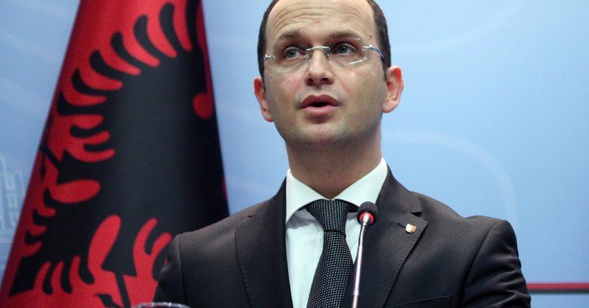 Ministri-i-Jashtëm-i-Shqipërisë-Ditmir-Bushati (1).jpg