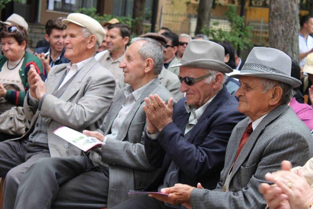 pensioniste-2.jpg