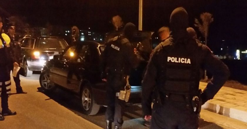 policia-arrestim-naten-1.jpg