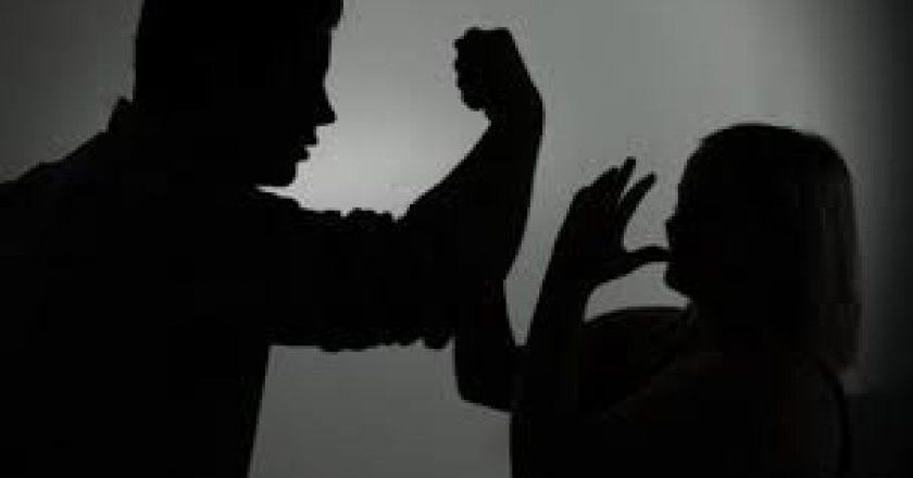 dhune-ne-familje.jpg