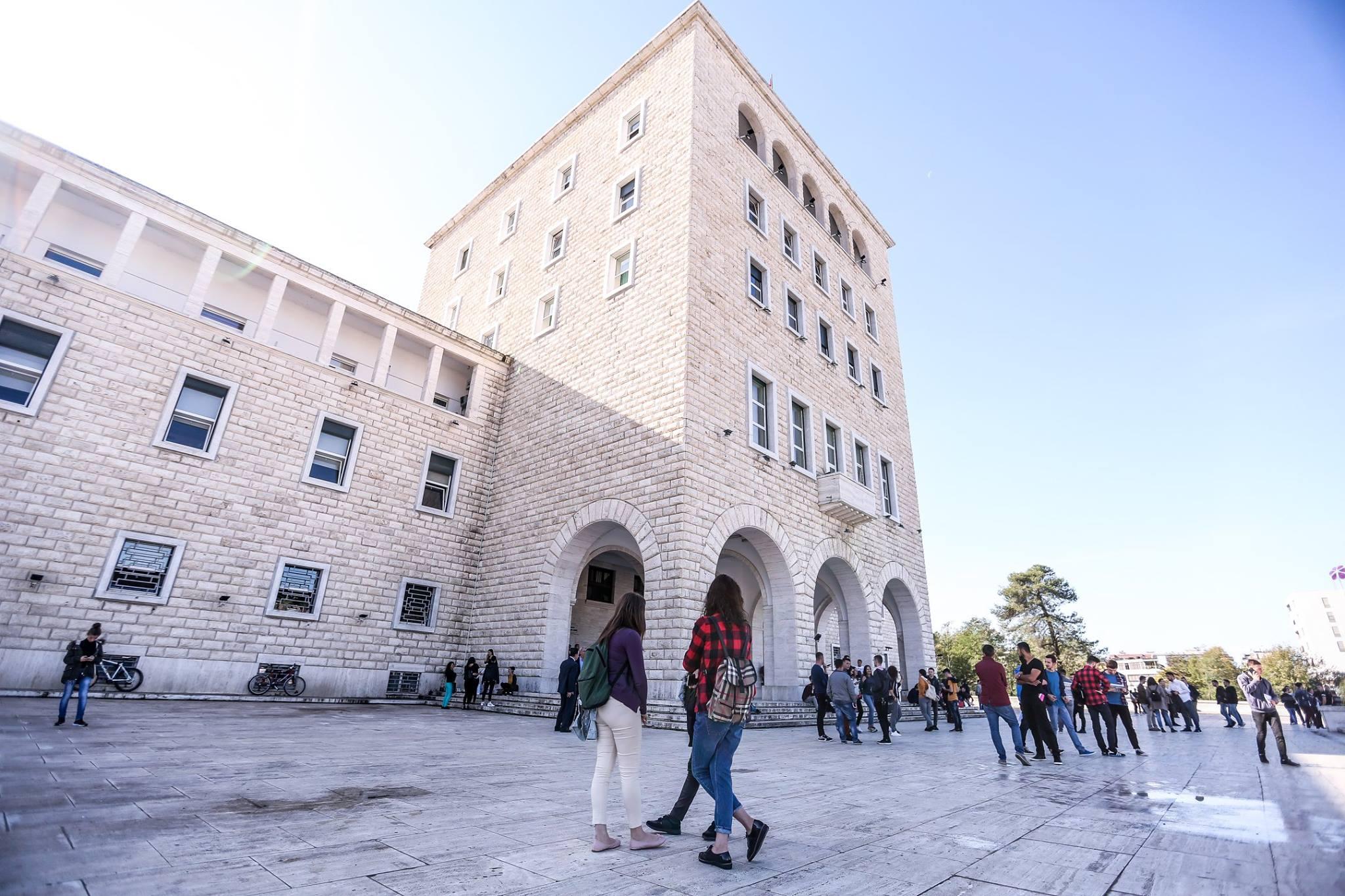 Aplikimet në universitete, 88% tek publiku – Lapsi.al