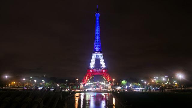 Finalja e Kupës së Botës mbyll Kullën Eiffel