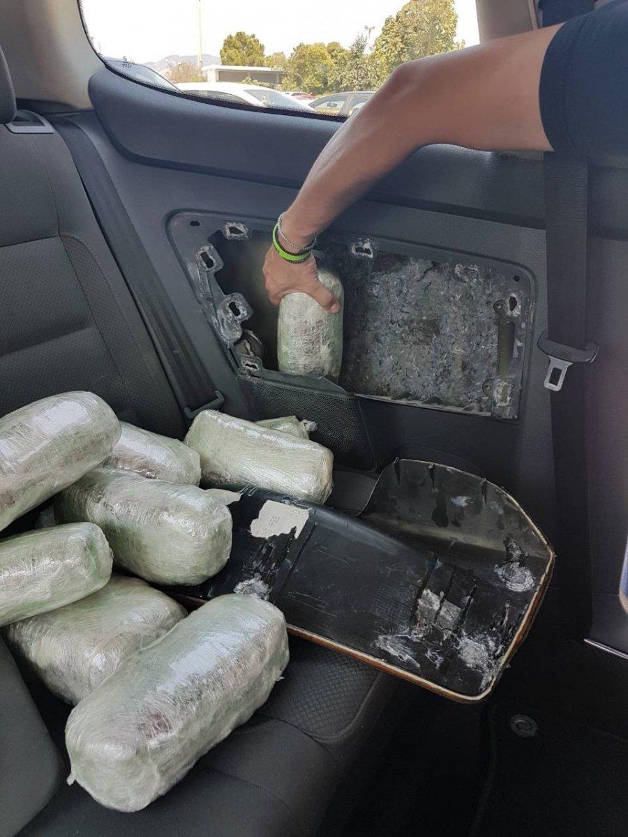 Как перевозить марихуану через границу что делать с листьями марихуаны