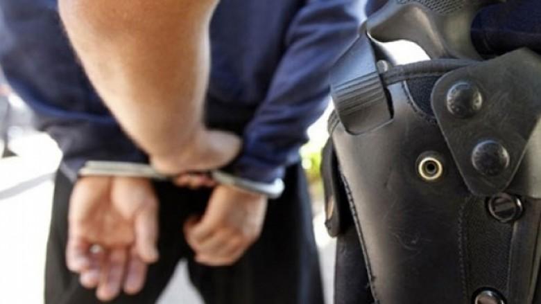 d571979ca06 (VIDEO) Itali  Sekuestrohen 1 milion euro drogë dhe prangosen tre shqiptarë  – Lapsi.al