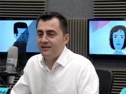 VIDEO/ Kandidati i PS në Elbasan: Kam kundërshtare gruan në zgjedhje