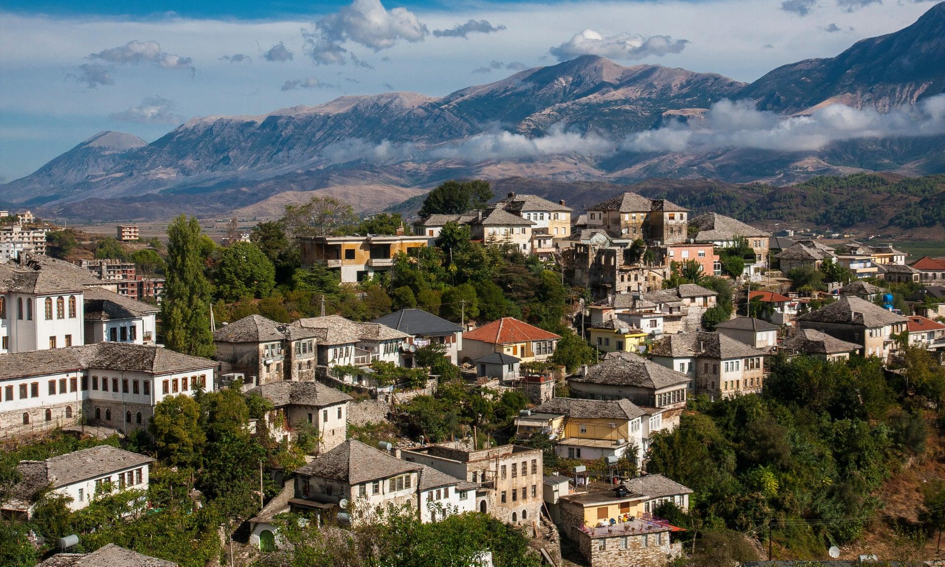 The Guardian: Në gjurmim të të papriturës, një udhëtim përreth Shqipërisë