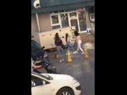 VIDEO/ 4 vajza përleshen në mes të rrugës