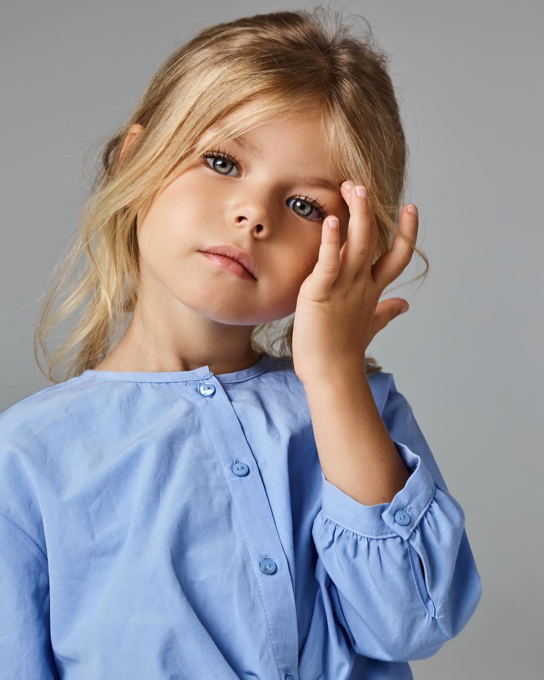 Njihuni Me 6-vjeçaren Më Të Bukur Në Botë