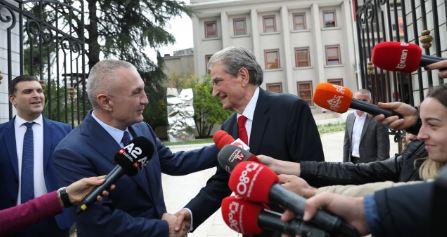 Konflikti kushtetues/ A i vlen Metës mbështetja e Berishës?