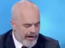 (VIDEO) Lëvizjet e çuditshme të gojës së Edi Ramës live në emision