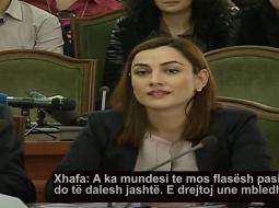 VIDEO virale: Ja si i përgjigjej gruaja e 'Nikut' – Fatmir Xhafës
